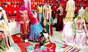 معرفی لباسهای سنتی ایران  در فستیوال راهابریشم کانادا