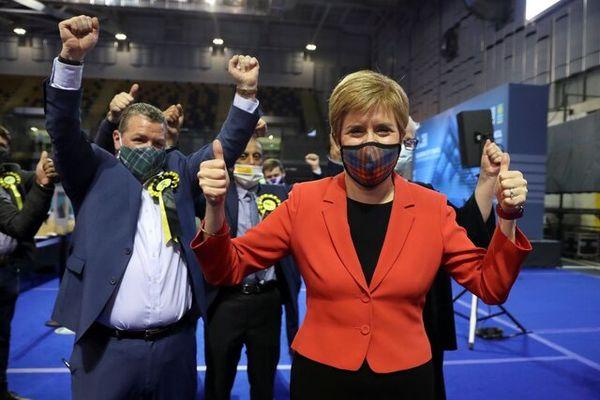 پیروزی اولیه طرفداران استقلال اسکاتلند در انتخابات پارلمانی