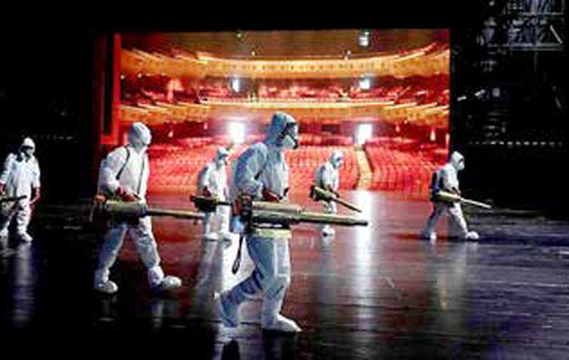 بازگشایی سالنهای تئاتر در سایه رنگهای متزلزل