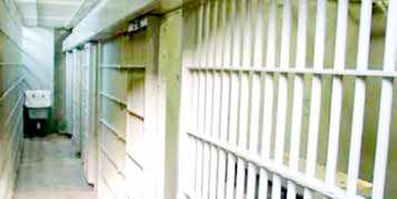 زندانیان با توجه به شخصیت و نوع جرم تقسیمبندی شوند