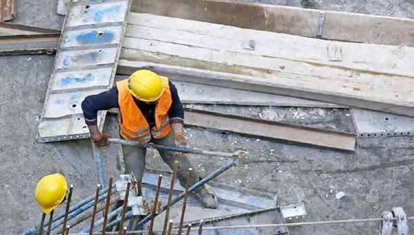 زندگی با دستمزد کارگری از «مشکل» به «غیرممکن» بدل شده است