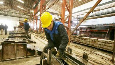 وجود ۱۰ میلیون کارگر زیرزمینی با حقوق ۷۰۰ تا ۸۰۰ هزار تومانی