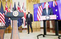 دیدار صمیمانه جانسون و بایدن در کاخ سفید