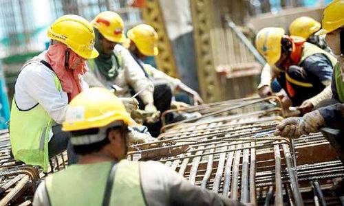 کارگران، گرفتار در مناسبات دولت و پیمانکار