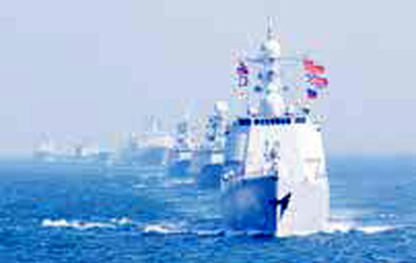 چین از ناو جنگی آمریکا خواست دریای جنوبی را ترک کند