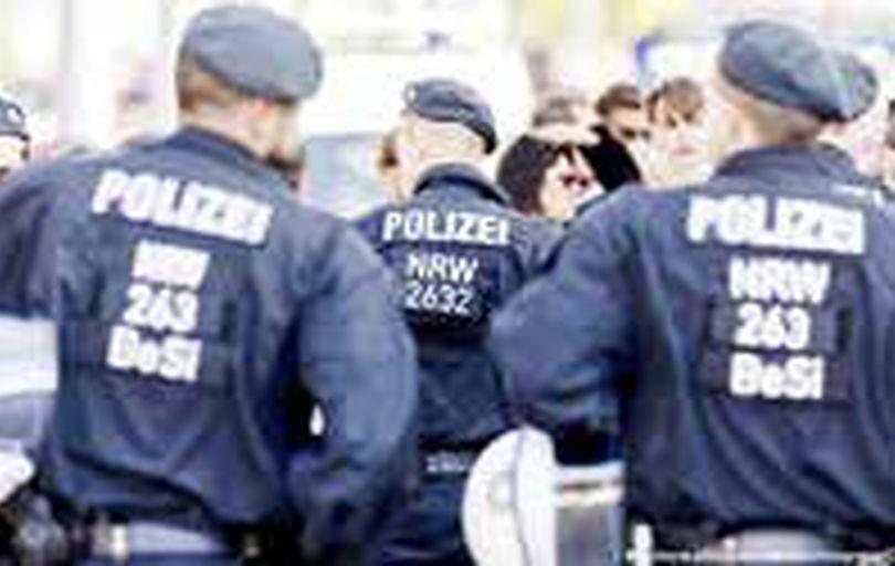خشونت پلیس صدها معترض آلمانی را به خیابانها کشاند
