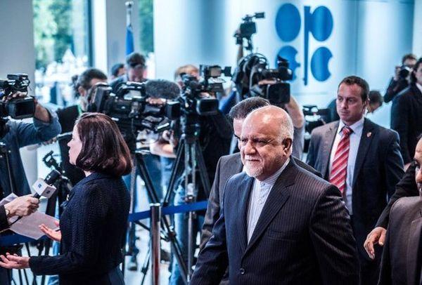 زنگنه: مهمترین کار دولت آینده مدیریت بازگشت ایران به بازار جهانی نفت است