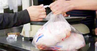 مقاومت برخی مغازهها در برابر کاهش قیمت مرغ