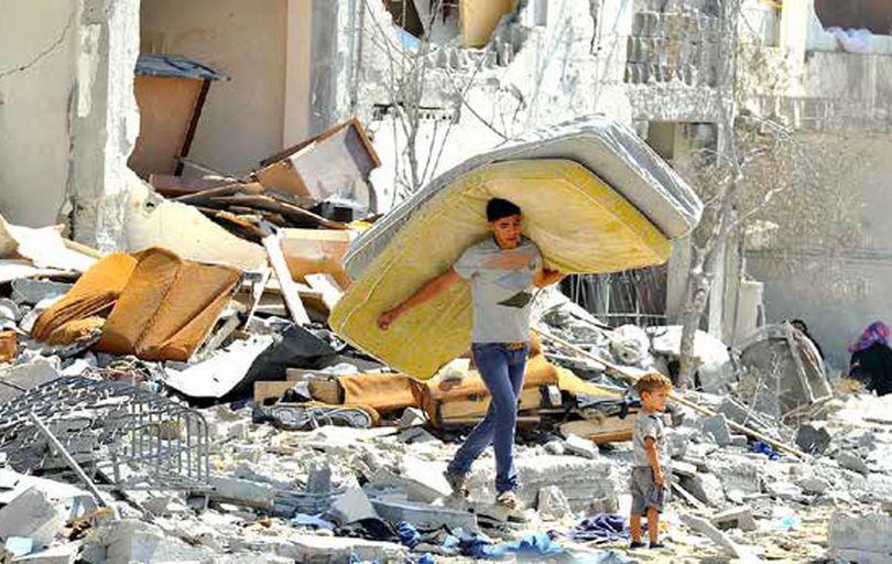 پیگیری صلح، همزمان با  حمله به اردوگاه آوارگان