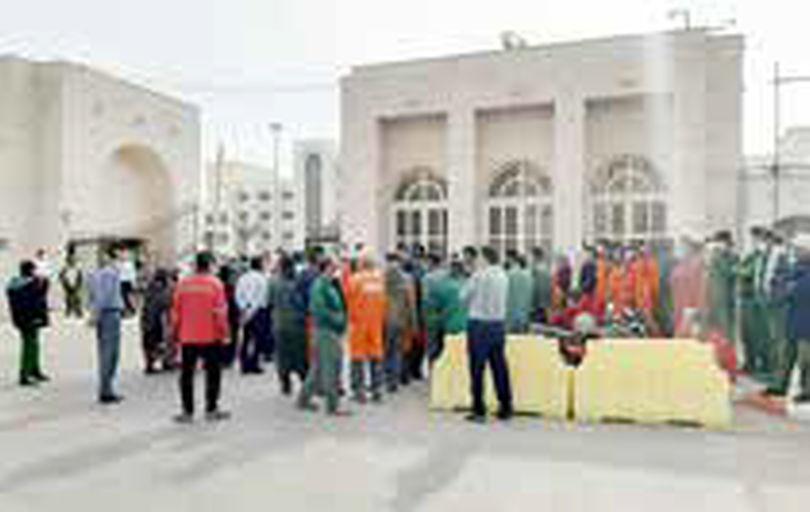 کارگران شهرداری بندرعباس سه ماه مزد طلبکارند
