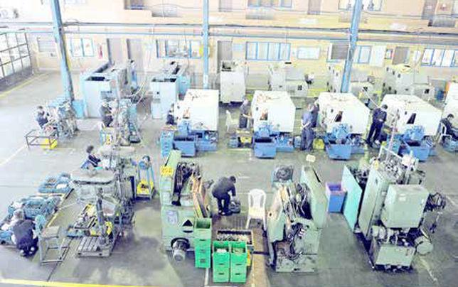 مشکل تولید، دستمزد کارگران نیست