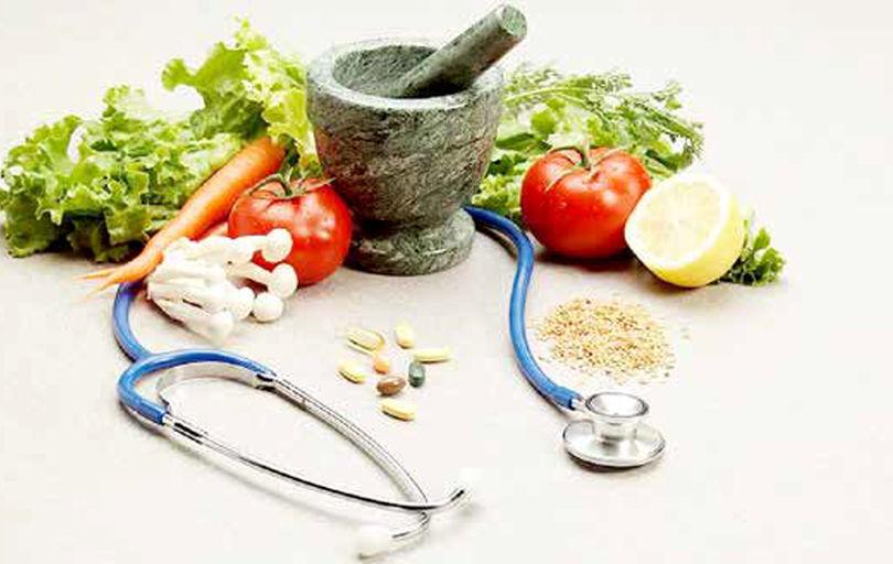 طب سنتی در جدال با خرافه و شارلاتانیزم