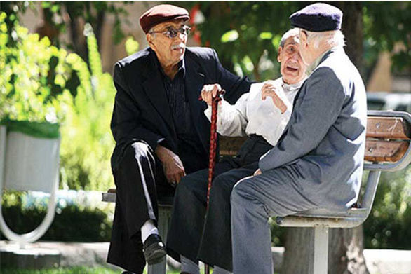 عیدی بازنشستگان بهمن ماه واریز میشود