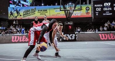 دختران بسکتبال بیرون از دایره توجه