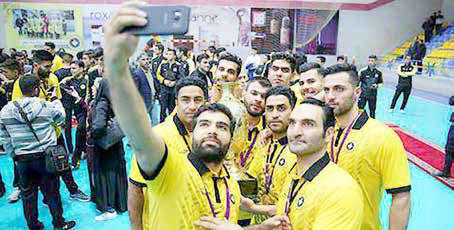 دومین پیروزی متوالی هندبالیستهای طلایی پوش