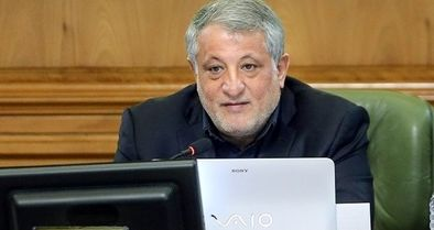 هاشمی رئیس شورای شهر ماند