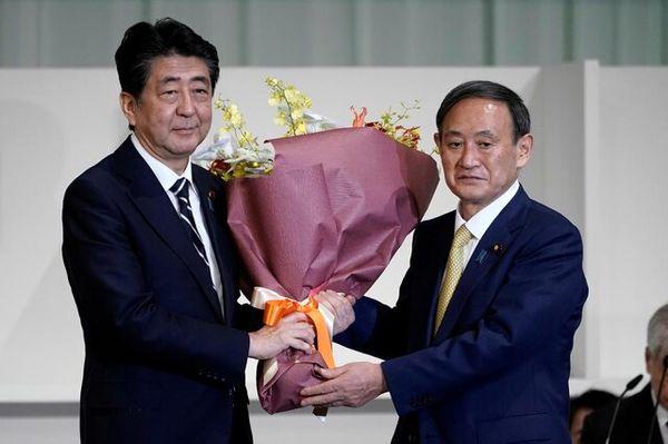 یوشیهیده سوگا رهبر حزب حاکم ژاپن شد