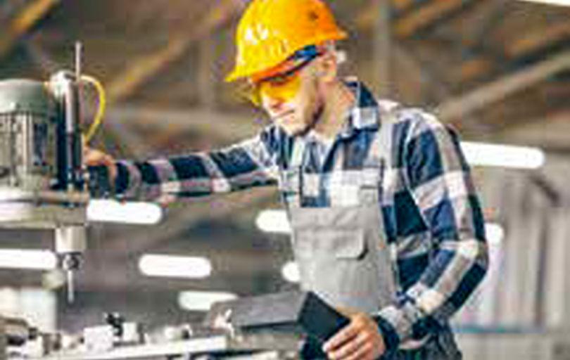 کارگران در سال گذشته حدود 47میلیون تومان حقوق گرفتهاند