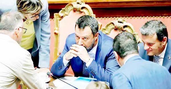 تقاضای انتخابات زودهنگام در ایتالیا