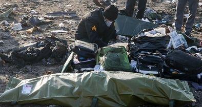 تحویل پیکر ۶۱ نفر از جانباختگان هواپیمای اوکراین